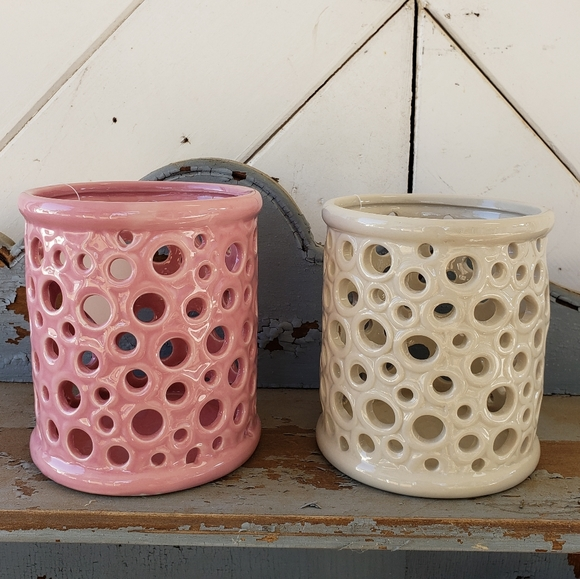 NWT 2 pink and cream candle holders